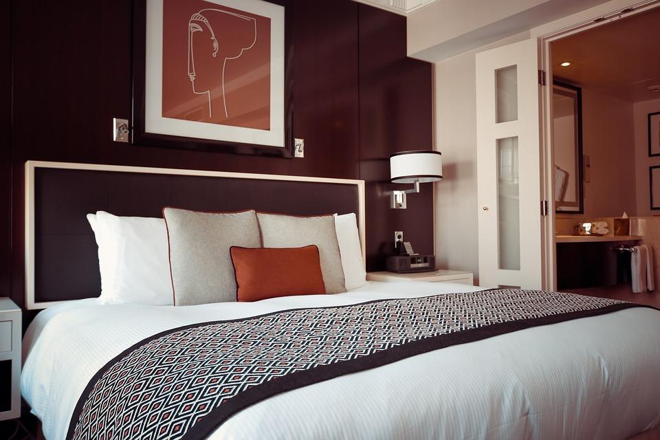 ¿Cómo se realiza la limpieza en hoteles?